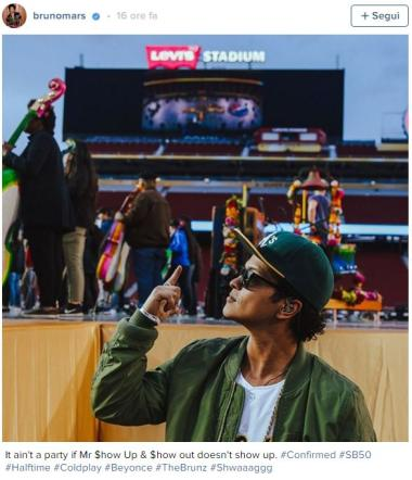 Bruno Mars, anche la pop star protagonista sul palco del Super Bowl