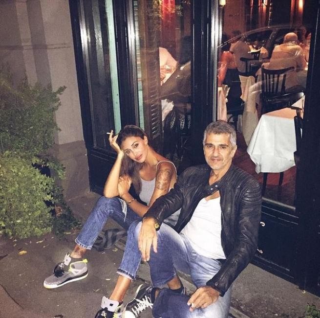 Belen, mamma e papà si trasferiscono a Milano