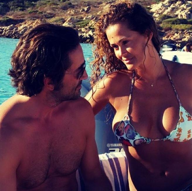 Samantha De Grenet, bikini sexy per le nozze