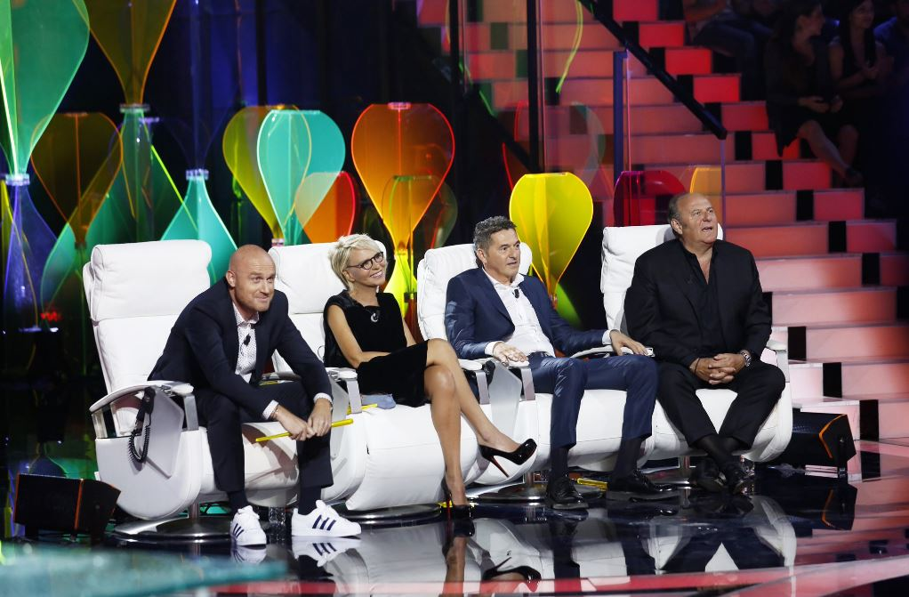 Tu si que vales: Teo Mammuccari nuovo giudice, Simone Rugiati conduttore
