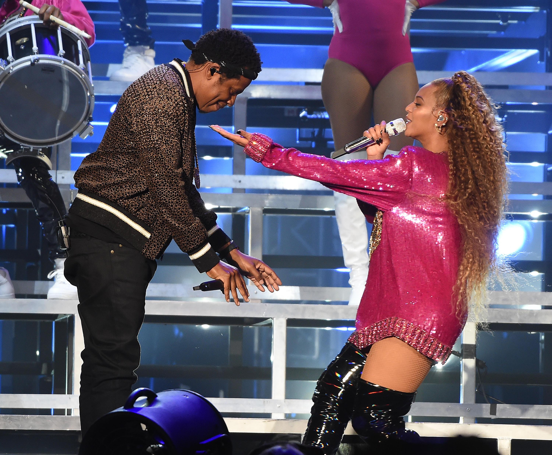Beyoncè e Jay-Z costretti a regalare biglietti