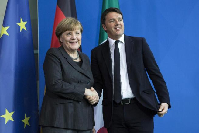 Renzi-Merkel insieme per salvare l Europa  Impegnati per l intesa con la Turchia