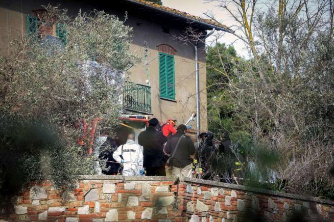 Perugia, uccide i due figli di 9 e 13 anni e si suicida gettandosi in un pozzo