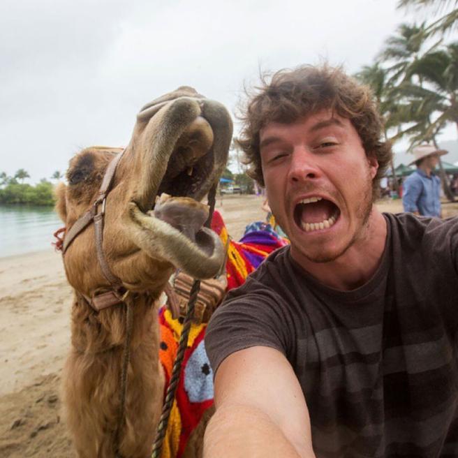 Risultati immagini per selfie buffo