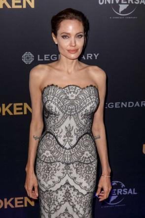 Angelina Jolie troppo magra