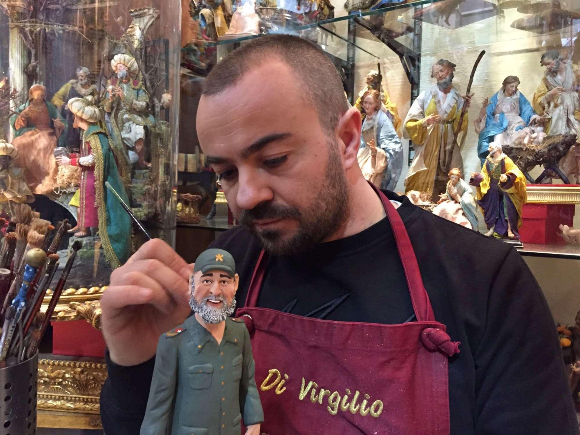 Fidel Castro entra nel presepe, l omaggio di Napoli al lìder maximo