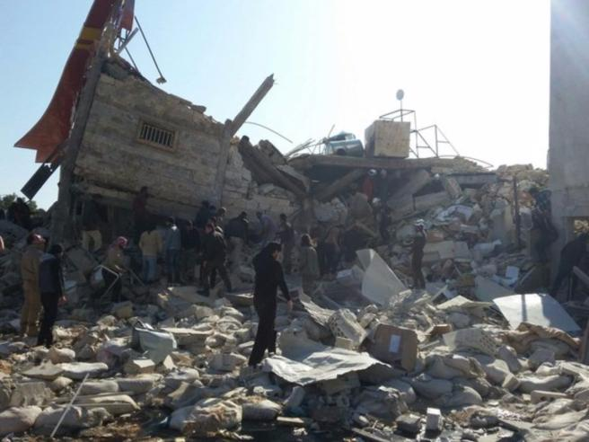 "Raid russo distrugge ospedale in Siria, ma Mosca nega: ""E' solo propaganda turca"""