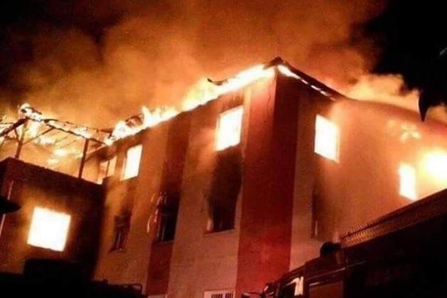 Aladag. Incendio in un dormitorio femminile per studenti 12 morti