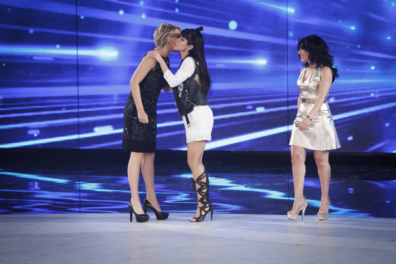 Siani, Nannini e Conti ad Amici, finalissima per Ballando