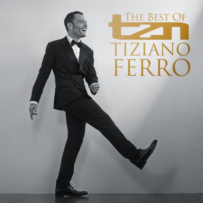 """Tiziano Ferro torna all'r&b con """"Senza scappare mai più"""" e svetta subito al primo"""