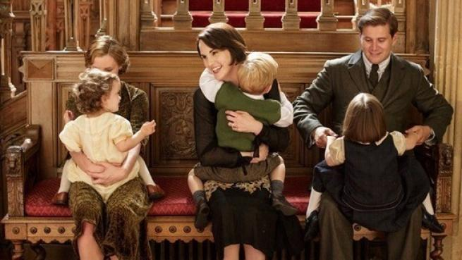 """Downton Abbey"", Lady Mary al centro di un triangolo amoroso"
