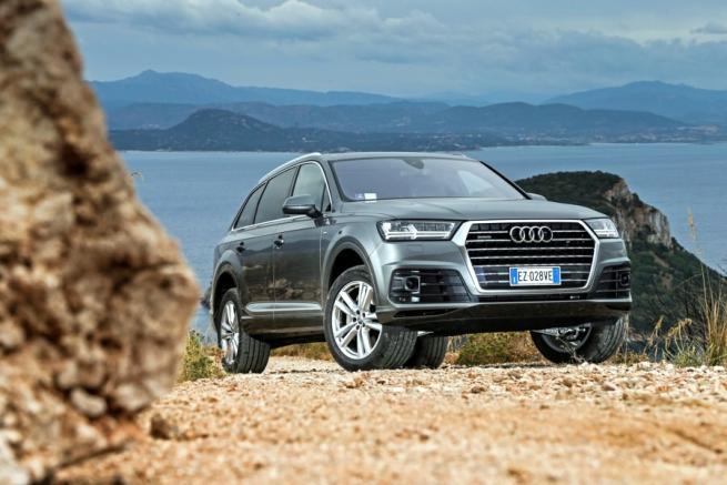 Audi Q7 auto di cortesia in Costa Smeralda