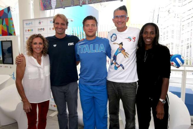 Sharon Stone, Paolo Bonolis, Massimiliano Rosolino, vip e sportivi all'Expo