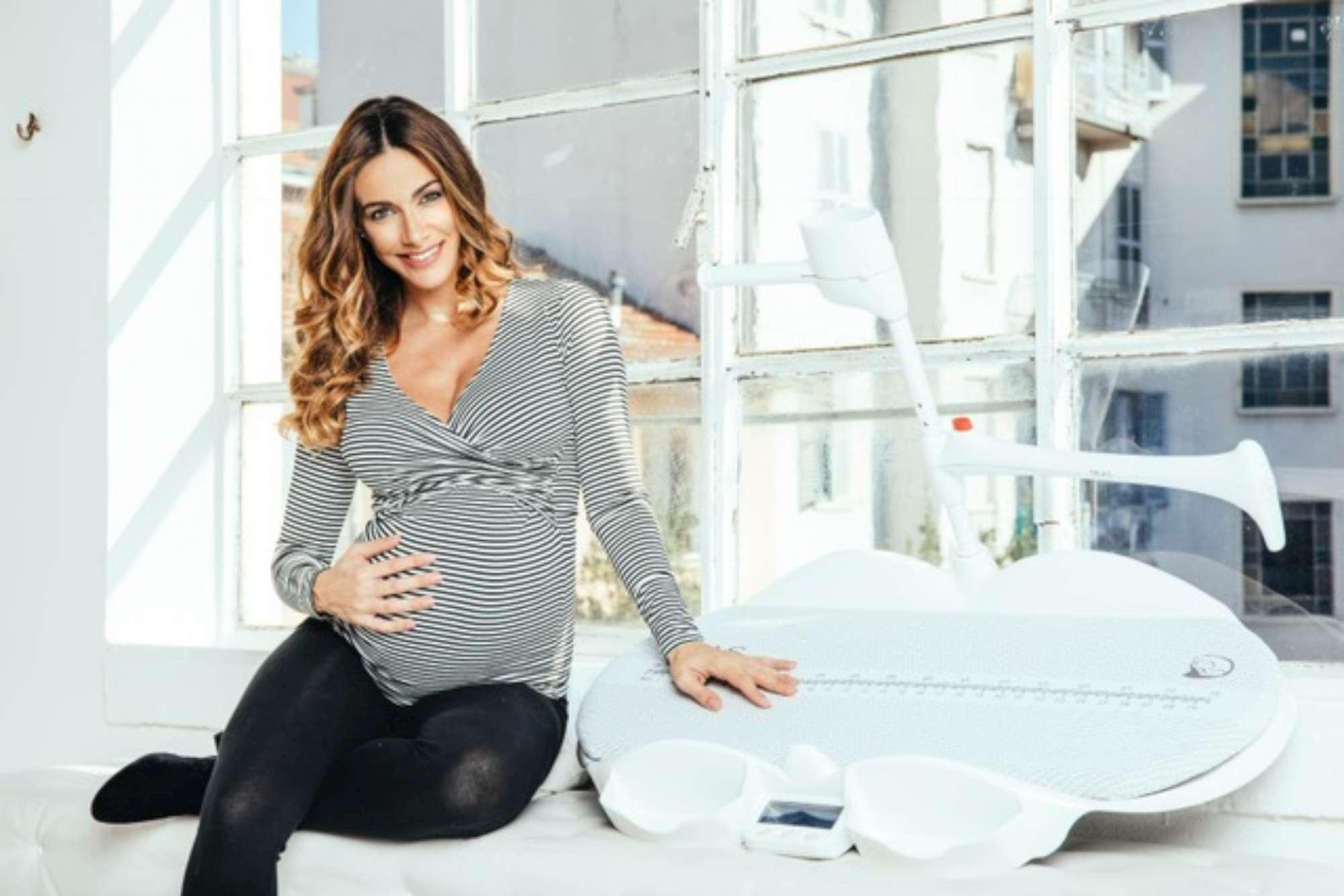 Melita Toniolo, sexy mamma a breve
