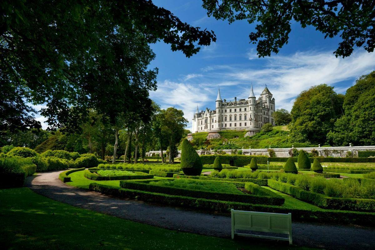 Scozia castelli da fiaba tra boschi e fantasmi tgcom24 for Case che sembrano castelli
