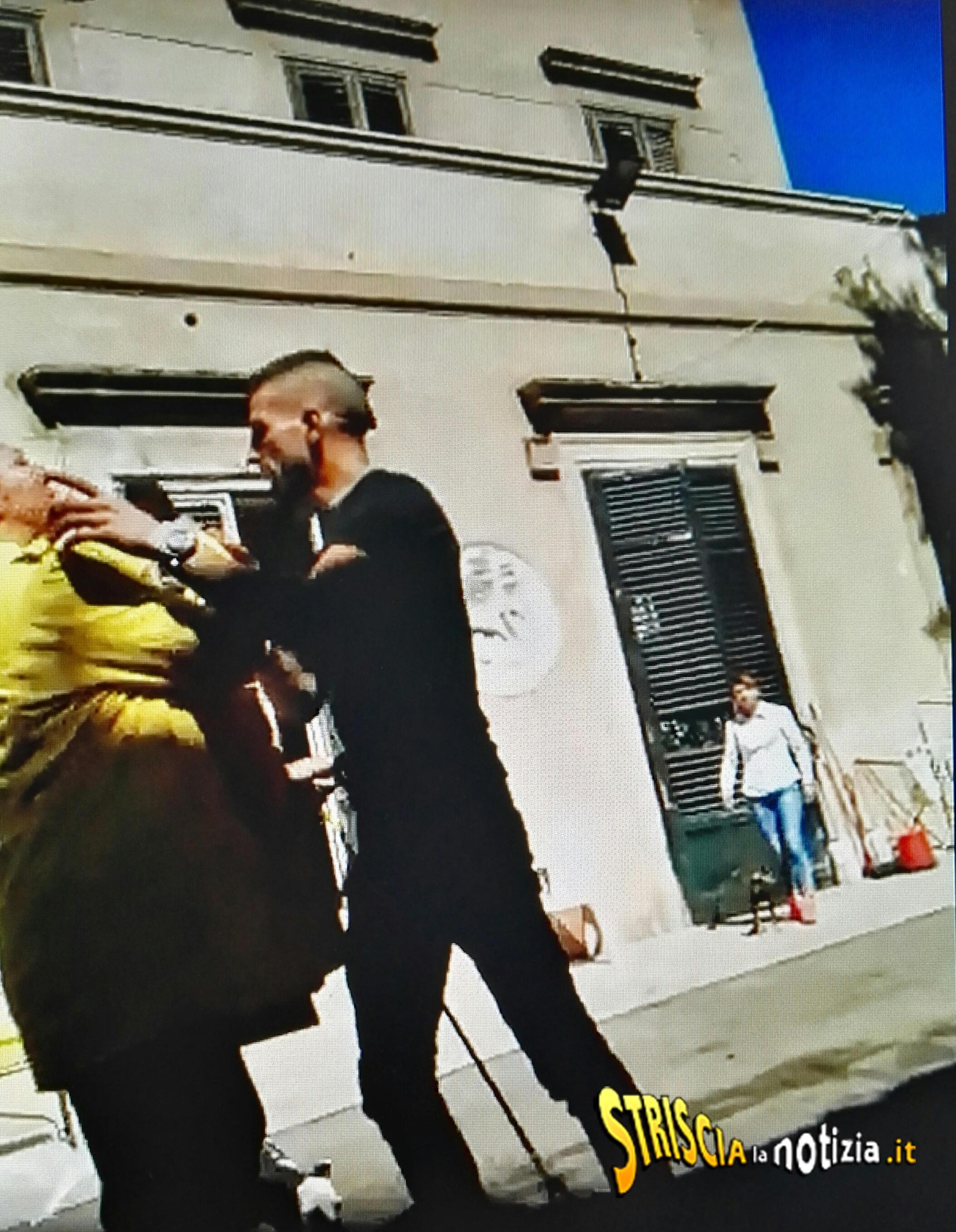 Aggredita a Palermo la troupe di Striscia la Notizia