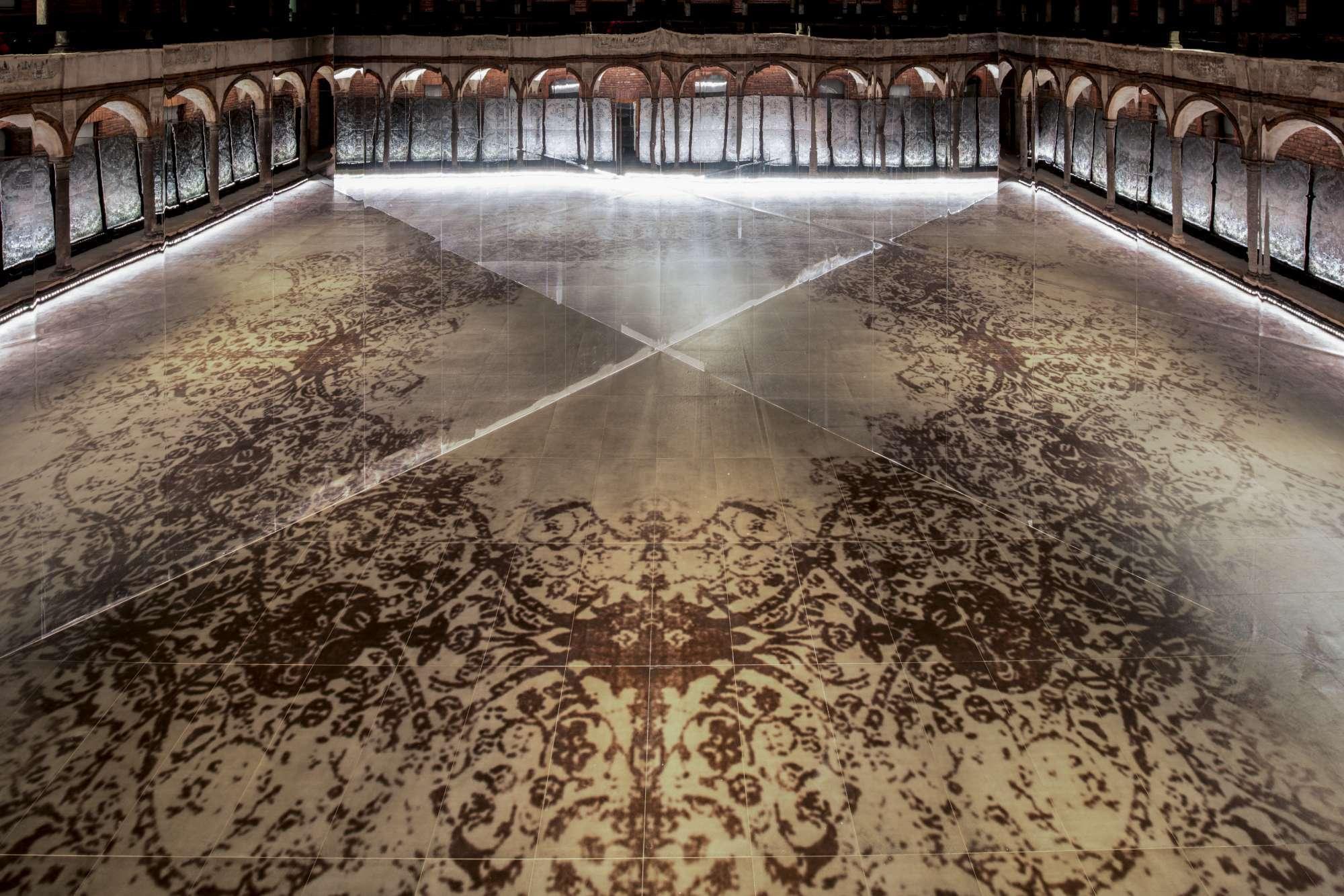 Augmented Surface, il tuffo nella dimensione immaginaria di Antonio Citterio e Patricia Viel