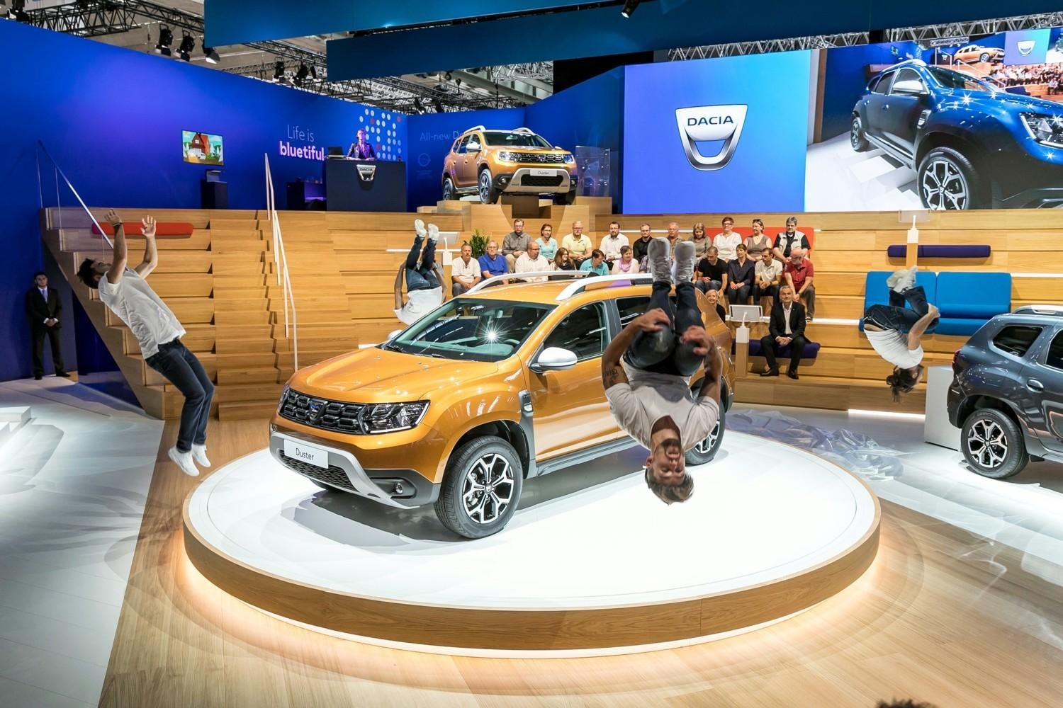 Dacia rinnova duster e lancia dokker pick up tgcom24 for Ufficio 94