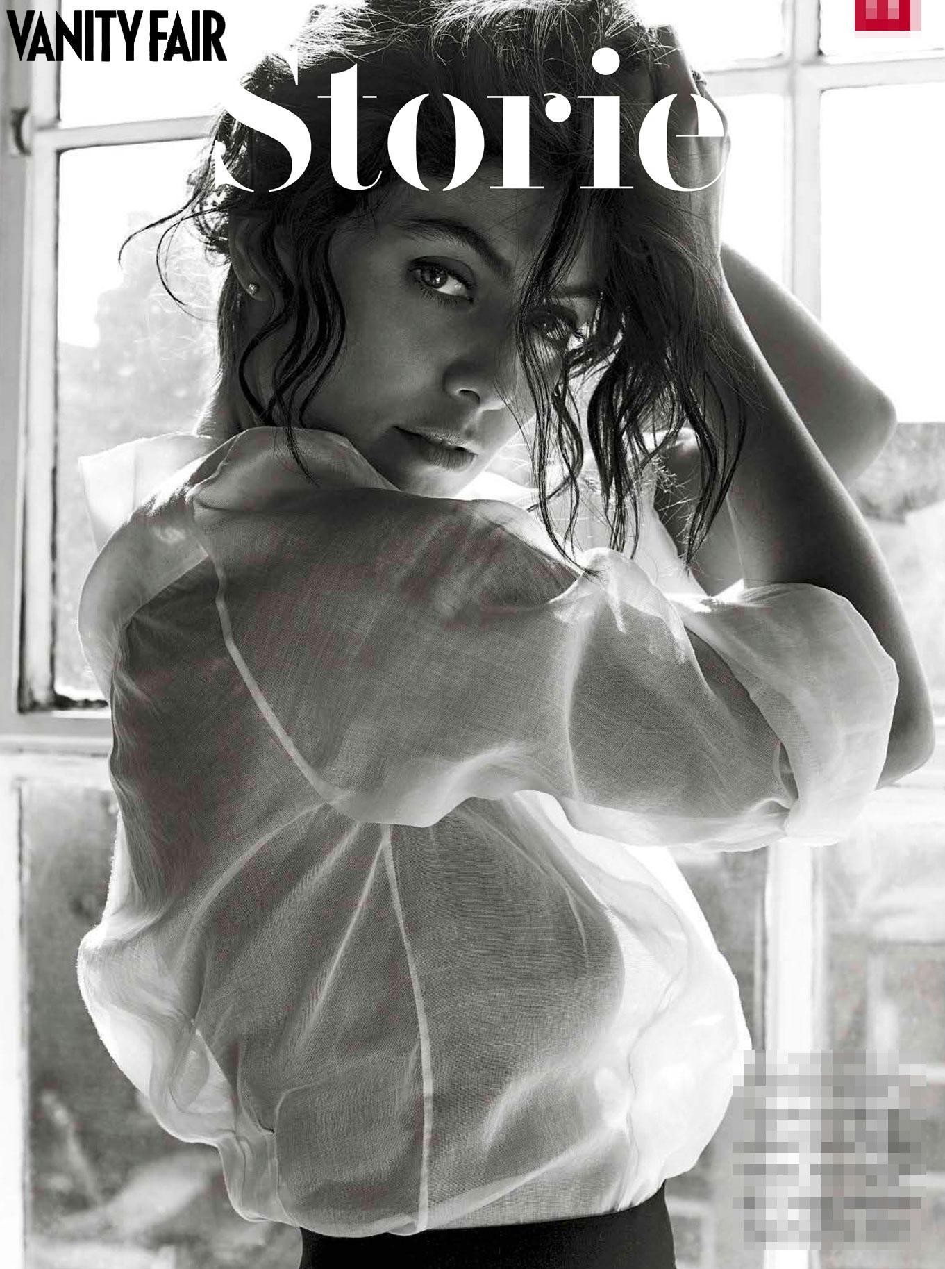Alessandra Mastronardi, sexy e bellissima sulle pagine di Vanity Fair