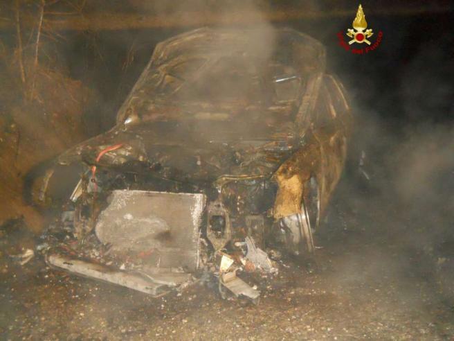 Audi gialla bruciata, la procura di Treviso:  Chance di cattura ridotte al minimo