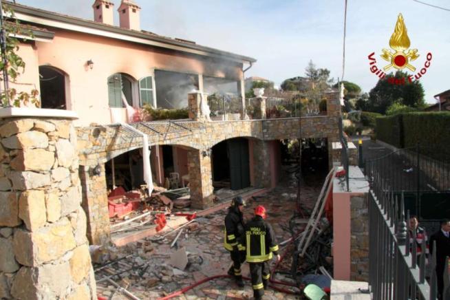 Sanremo, esplosione in villa: morta una donna, trauma cranico per Gabriel Garko