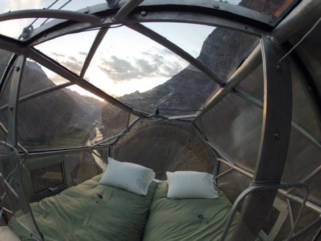 Perù, capsule green per dormire ad alta quota attaccati alle pareti delle Ande