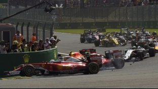 Foto - Ferrari, che disastro a Spa!
