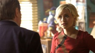 Allison Mack: la star di  Smallville  arrestata per traffico sessuale
