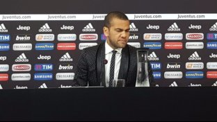 Dani Alves, che look