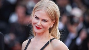 Cannes, Nicole Kidman incanta anche sul red carpet di  To Kill A Sacred Deer