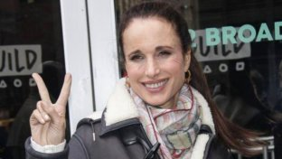 Andie MacDowell compie 60 anni