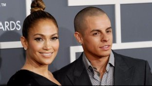 Jennifer Lopez dice addio al toyboy Casper Smart
