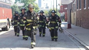Chicago PD 3  e  Chicago Fire 4  arrivano su Italia1
