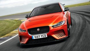 Jaguar XE SV Project 8, la super berlina