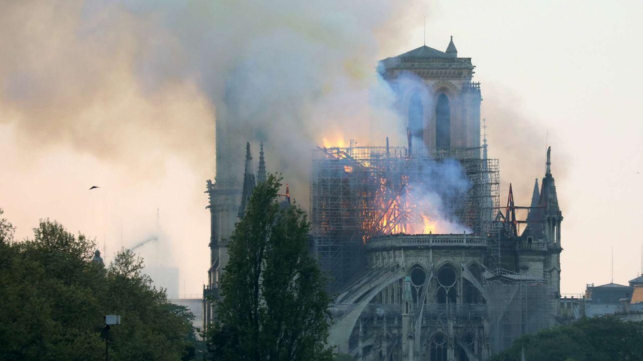 Notre-Dame, quel capolavoro letterario di Victor Hugo che salvò la ...