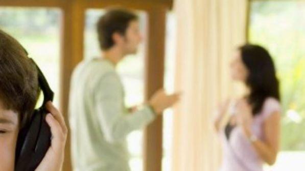 Papà contro figlie incontri contratto