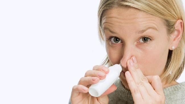 L'ormone dell'amore aiuta a dimagrire: uno spray nasale per dire addio ai cibi grassi