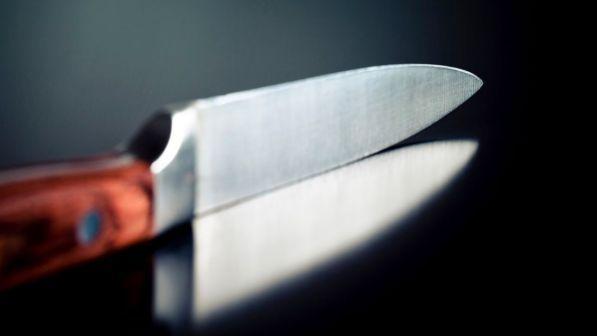 Barletta, un 84enne ucciso a coltellate in casa
