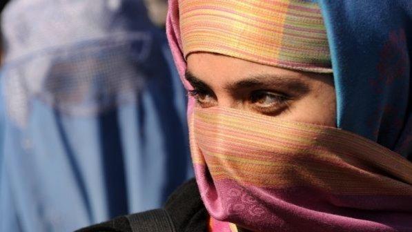 modena, ragazza marocchina con il velo esclusa da una palestra: