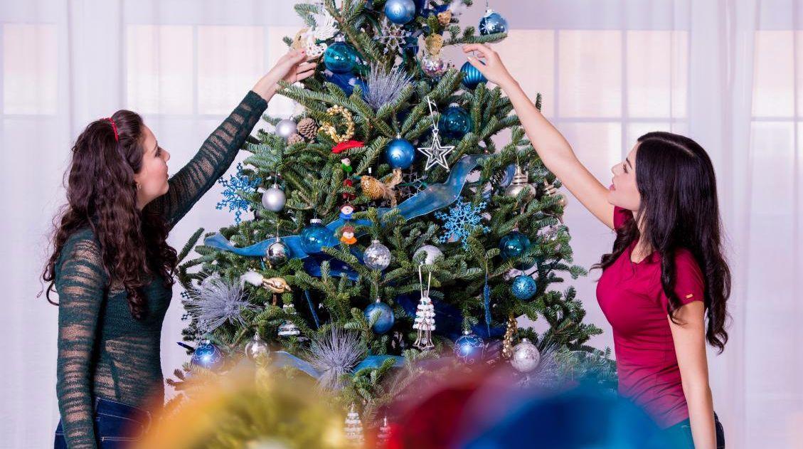 Biglietti Di Natale Gia Colorati.Albero Di Natale A Ciascuno Il Suo Tgcom24