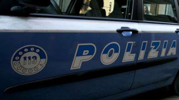 torino, minaccia e violenta una ragazza fuori da una discoteca: preso 30enne della guinea