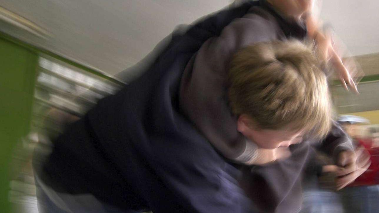 new style 5e8b1 58457 Firenze, prof colpisce con un pugno un alunno: denunciato ...