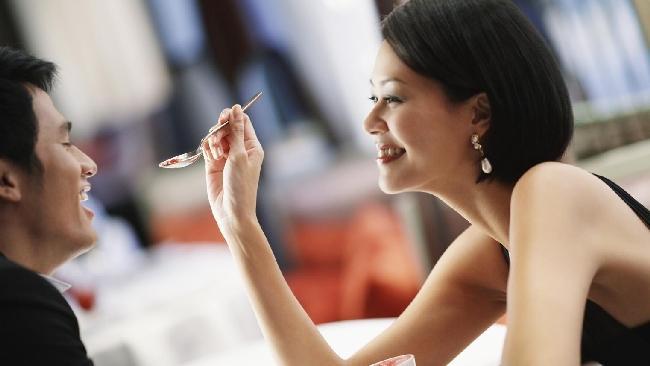 Soldi e amore: cinque consigli per evitare gli errori comuni