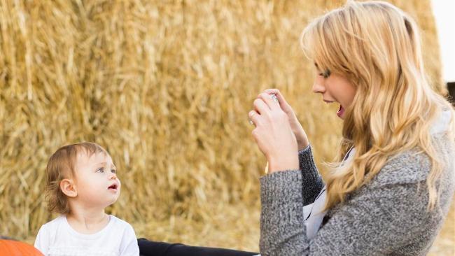 Social network: è giusto pubblicare le foto dei bambini online?