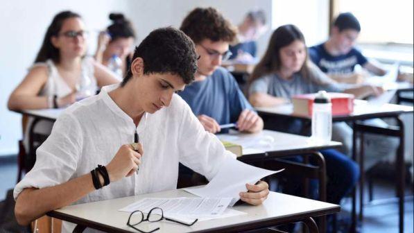 Maturità 2018, cresce il numero di diplomati che ottiene la lode   In Puglia gli studenti più bravi