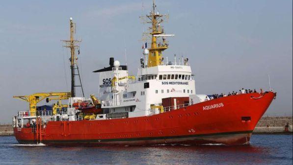 acquarius, c`è l`accordo: sbarco a malta, poi i migranti andranno in altri 5 paesi ma non in italia