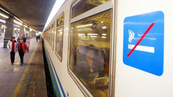 Napoli, lancio di pietre contro un treno  ragazza ferita al volto ... 900a51b9cd