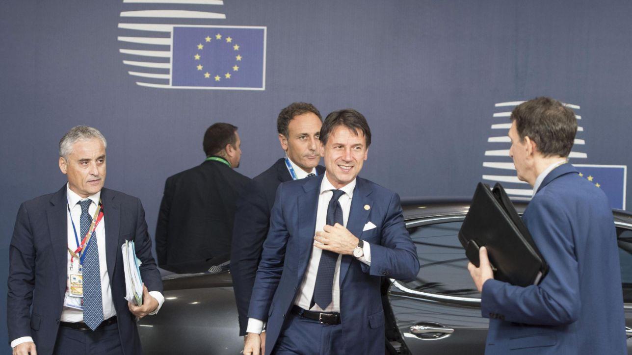 """18:39   Manovra, lettera Ue: """"Deviazione dell'Italia senza precedenti"""""""
