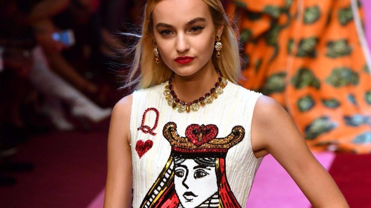 Dolce e Gabbana  la donna come Regina di cuori - Tgcom24 51ce50a4320