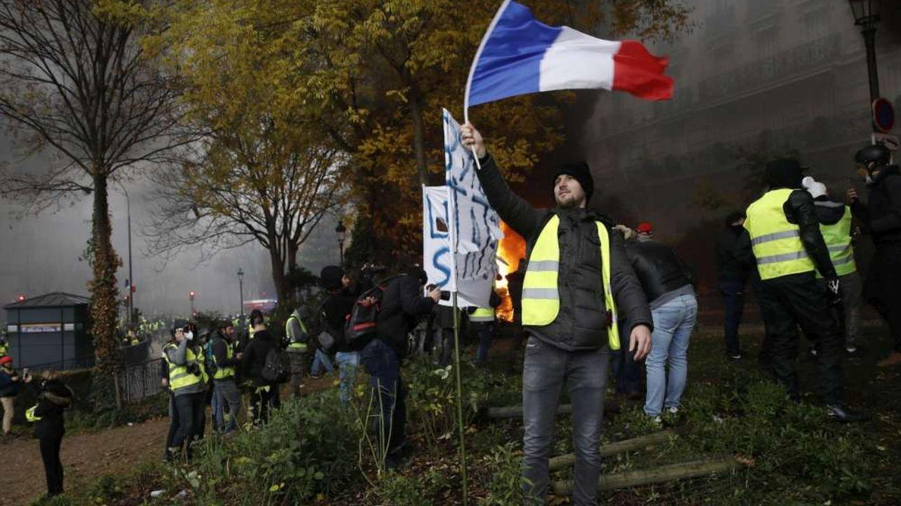 France: Tax increases for gasoline, electricity and gas were frozen